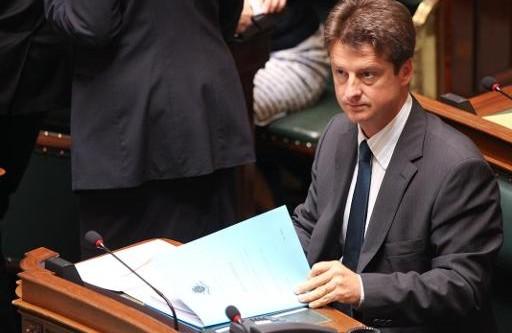Olivier Chastel neemt kennis van het addendum bij het rapport van het Monitoringcomité