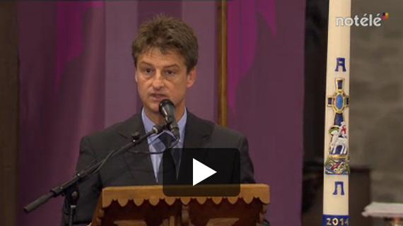 Olivier Chastel, le président du MR, a pris la parole en l'église de Deux-Acren pour rappeler que Claudy Criquielion était aussi un homme politique et pas seulement un champion cycliste.