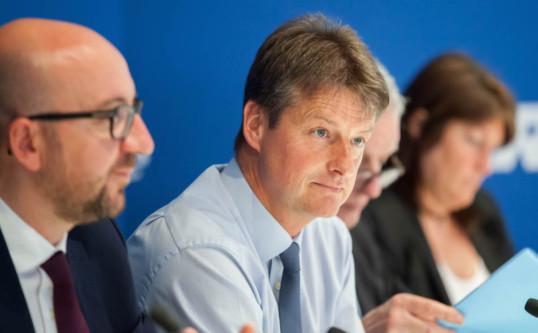 Le Conseil du MR soutient la ministre Jacqueline Galant