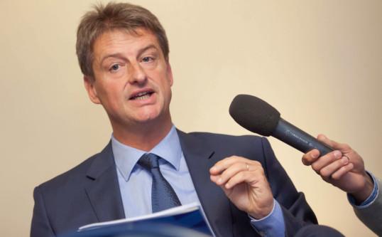 Olivier Chastel : « Oui au dialogue social, non à la guérilla permanente »
